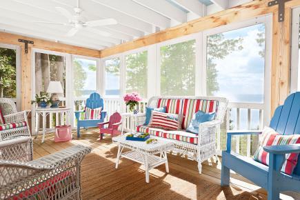 MidwestLivingPorch  |Sunny Cabin Cottage Porch | Carver Junk Company | #vintagecabin