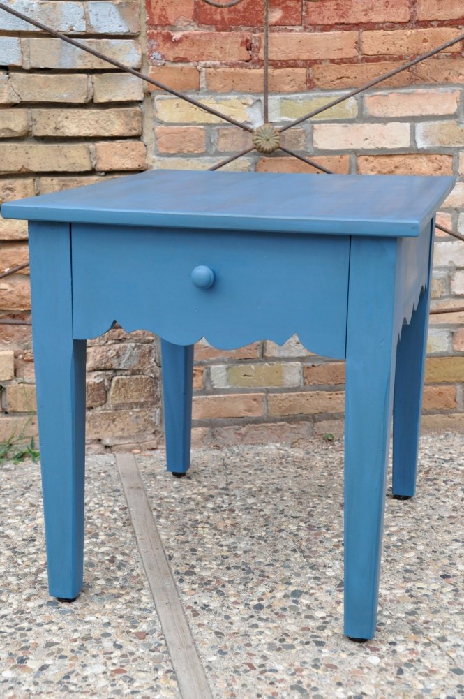 Miss Mustard Seed's Milk Paint | Flow Blue | End Table | Carver Junk Company | Recycle. Repurpose. Relove.